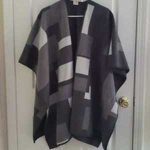 Grey reversible wrap